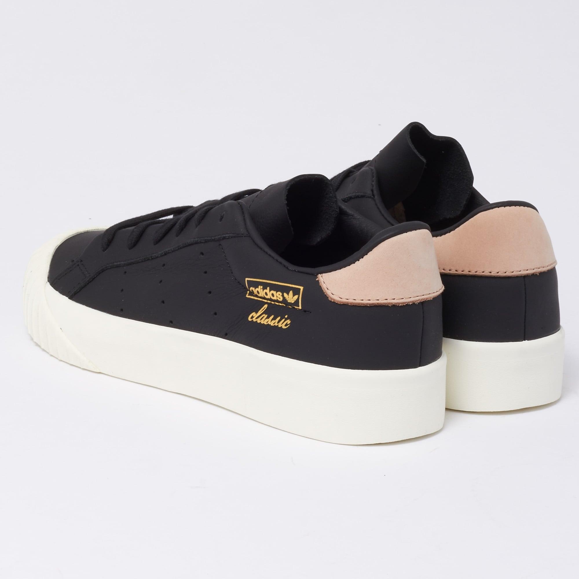 buy popular f0da6 ad7bd Everyn Trainers - Black  Ash Pink