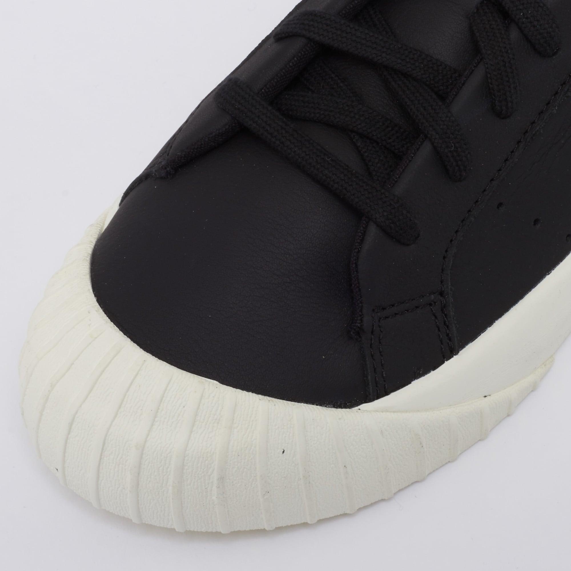eb8c2c68eb29 Adidas Originals Womens Everyn Sneakers