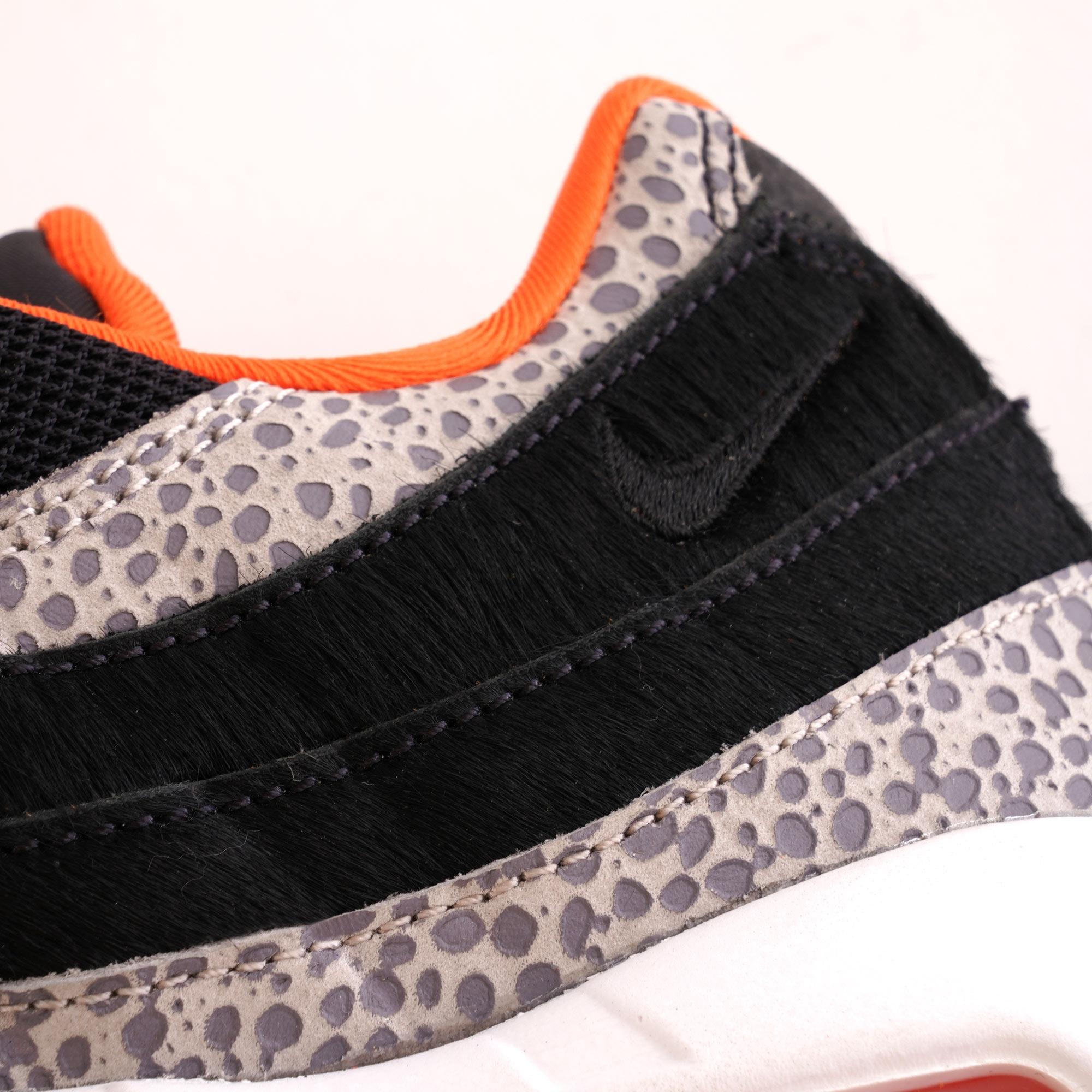 Nike Air Max 95 Black & Granite