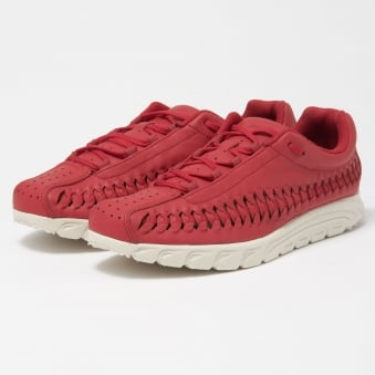 Gym Red Mayfly Woven