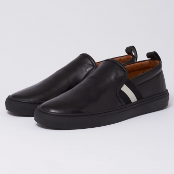 Herald Slip On Trainers - Black