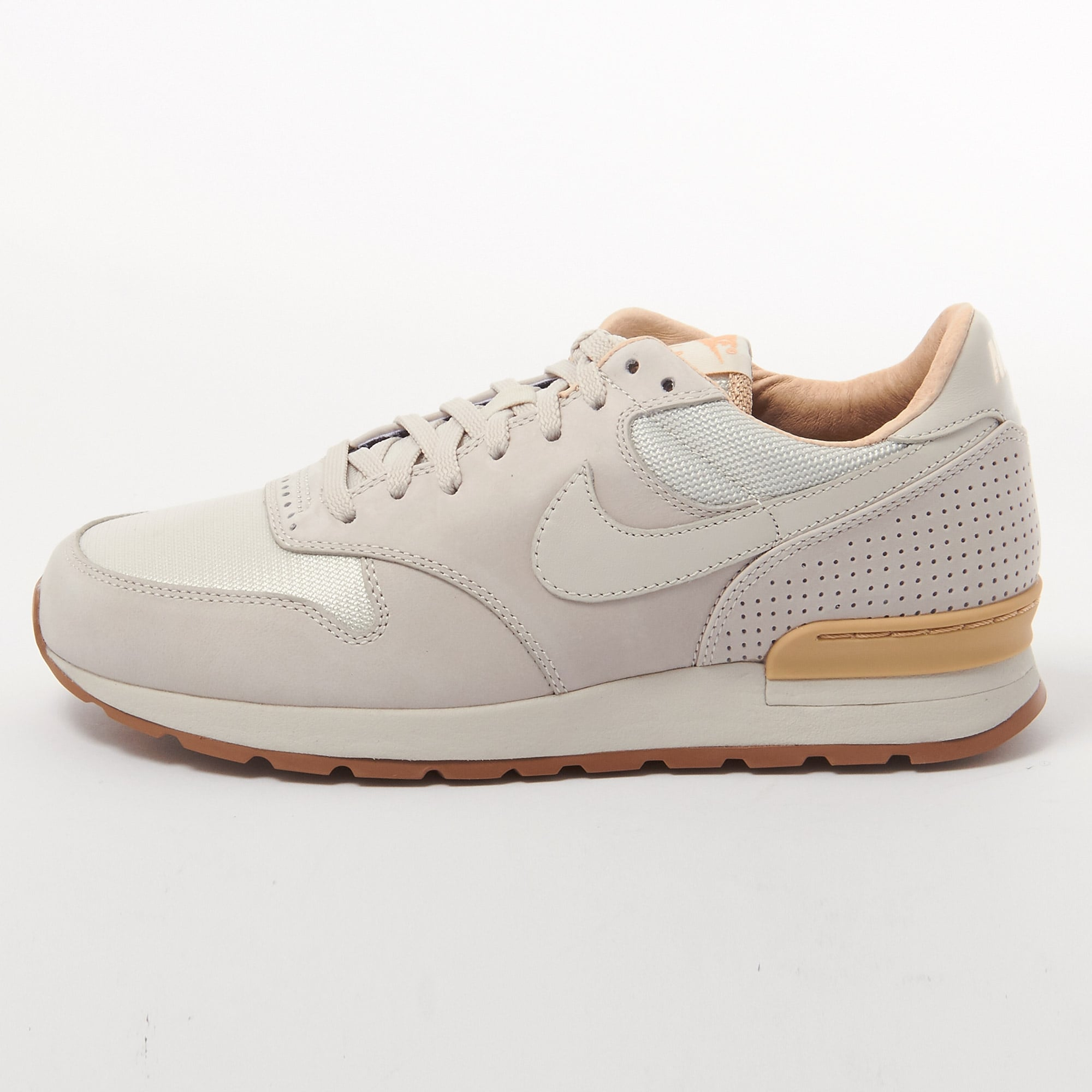 Nike Air Zoom Épique Luxe Bas-tops Et Chaussures De Sport DFaKXIoe