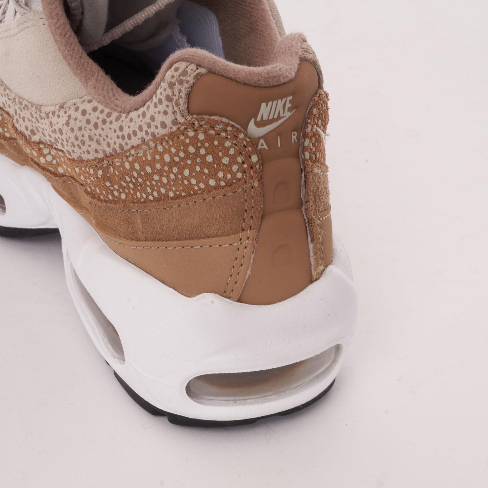 47f00c1f844 Nike Womens Air Max 95 Premium
