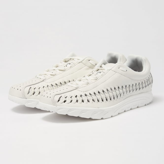 Nike Summit White Mayfly Woven