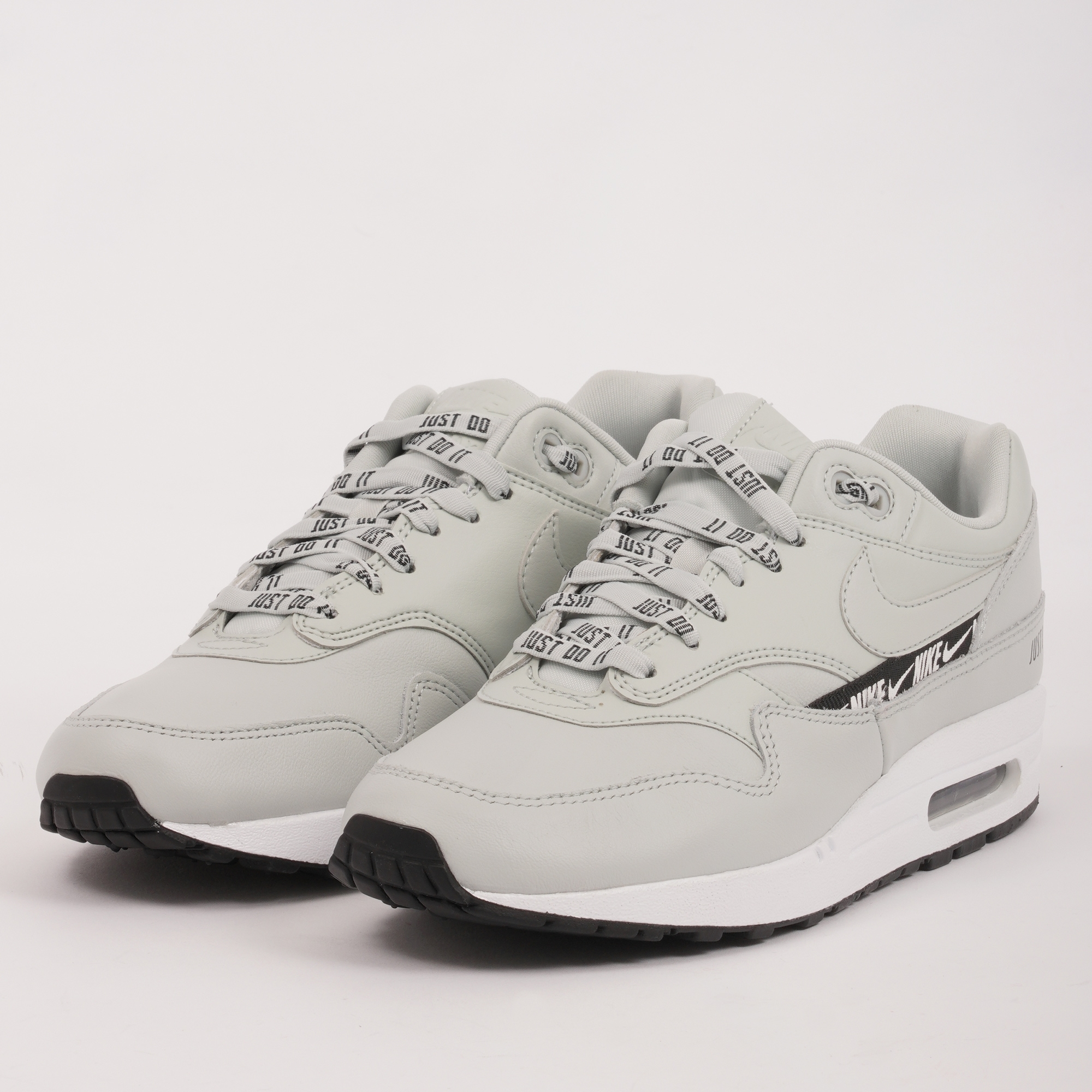 Nike Women's Air Max 1 SE Overbranded | Silver | 881101-004
