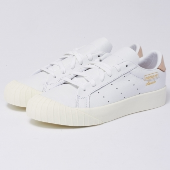Everyn Trainers - FTWR White & Ash Pink